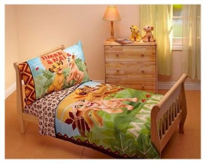 Lion King Toddler Bedding Set comes in 4 Pieces by Disney