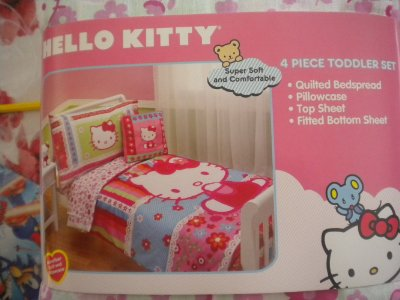 Toddler Bedding Set 4 pieces by Hello Kitty