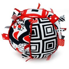 Ribbon Tag Ball 'Black, White & Red'